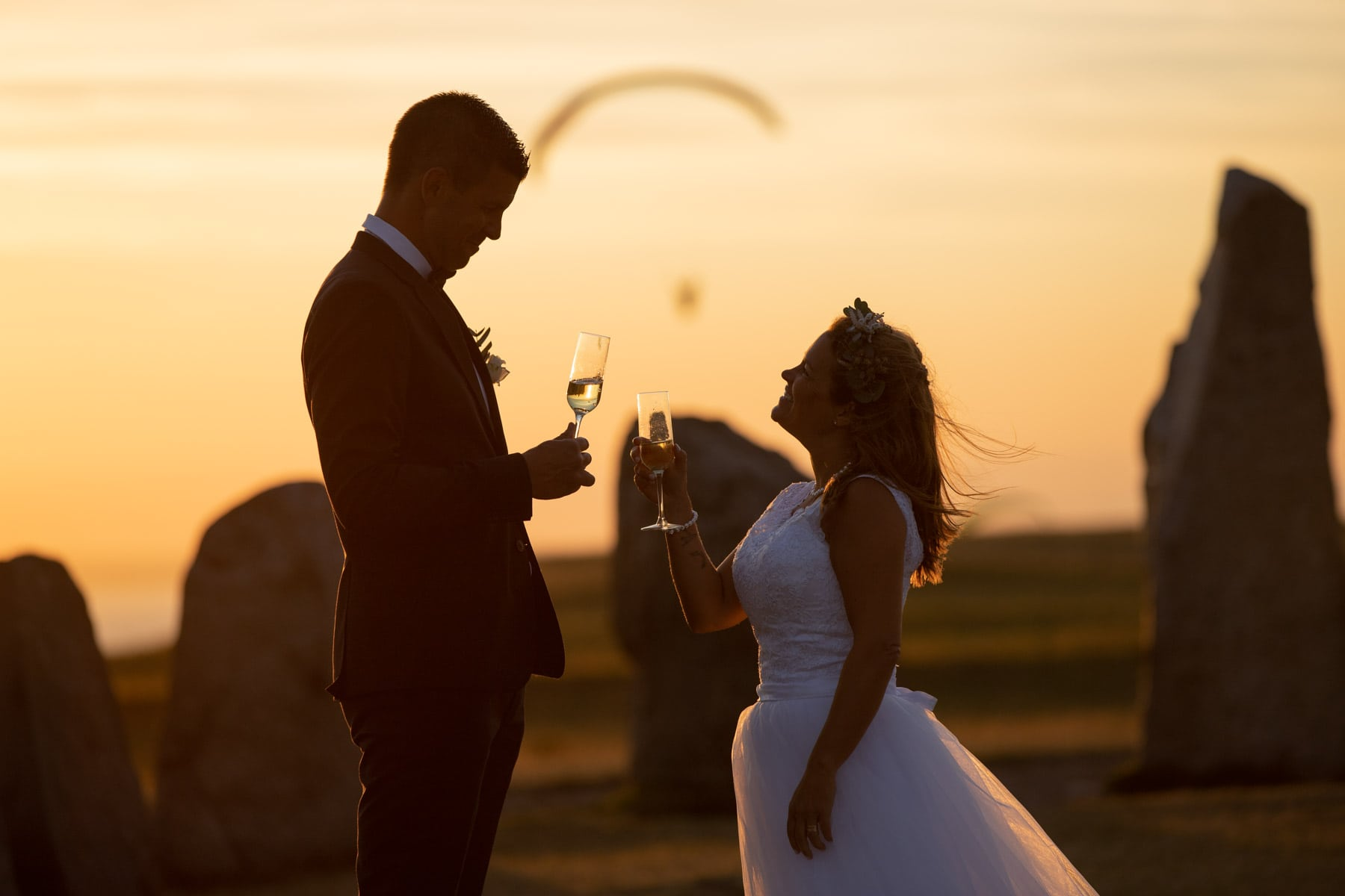 paragliding-stone-Henge-elopement-wedding
