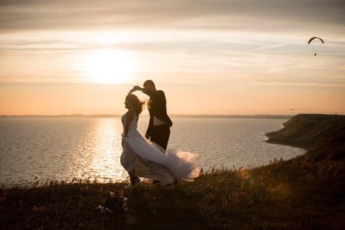 paragliding-wedding-skärmflyg-bröllop-österlen