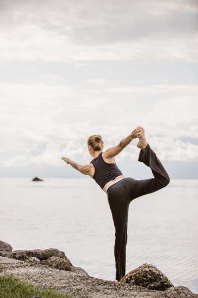 yoga-Lausanne-St Sulpice-Lac Leman-photographe