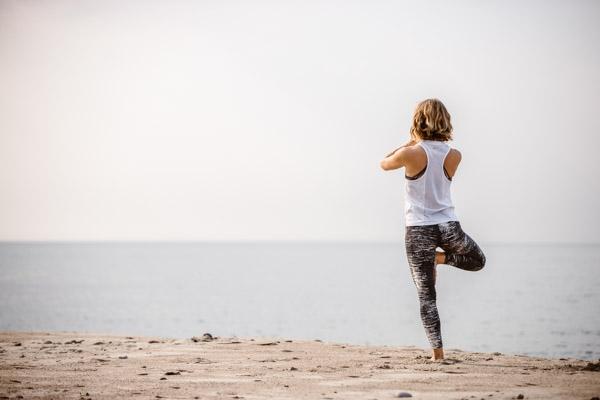 Daniela Tell-yoga-Löderup-österlen-yoga-fotograf