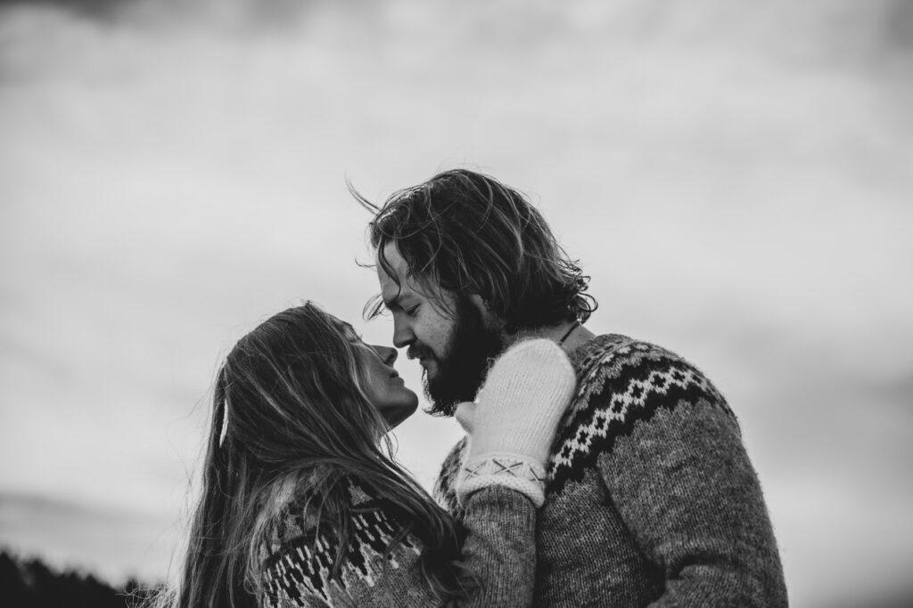 elopementlove-bröllopsfotograf-svart-vit
