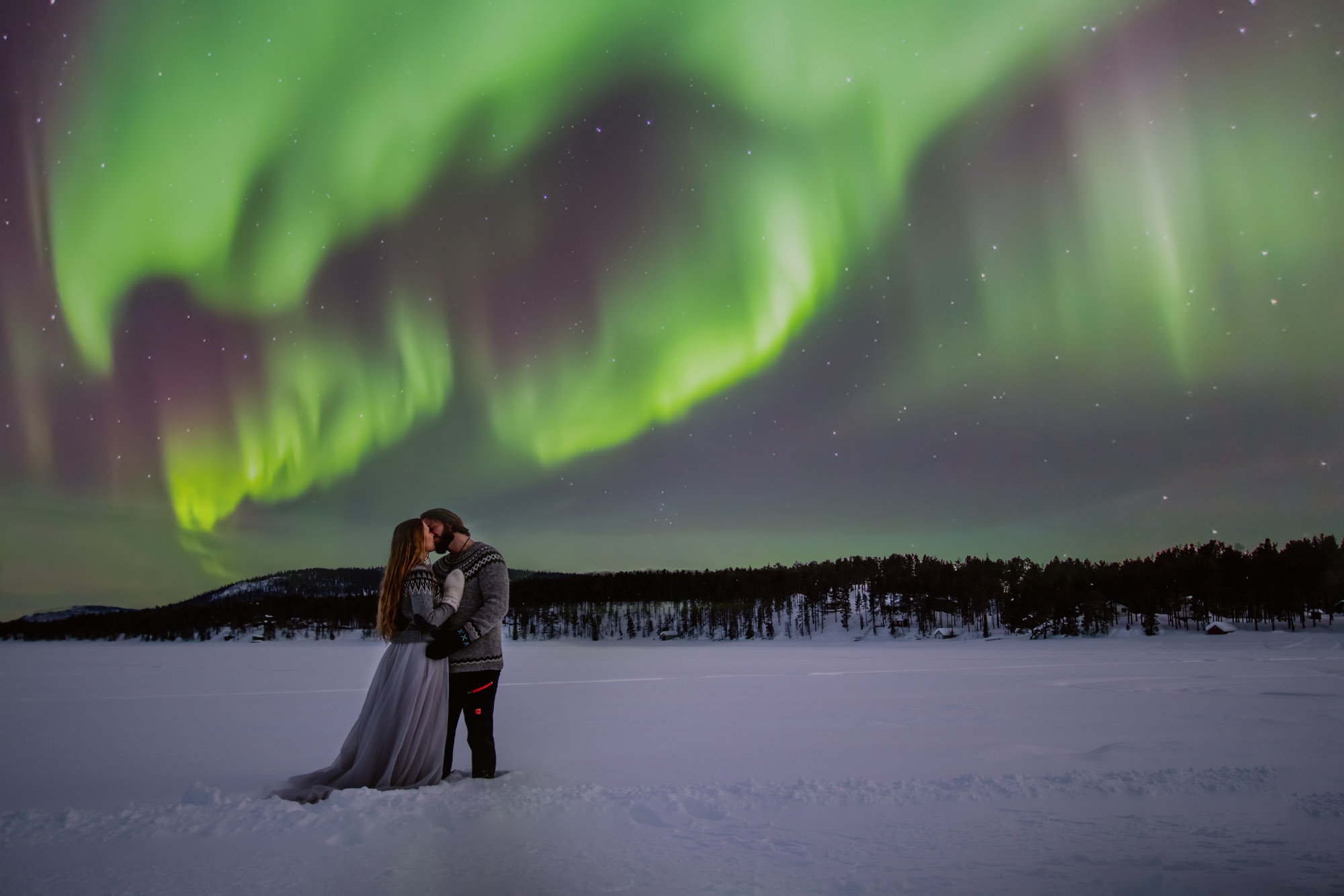 elopement-wedding-northern-lights-norrsken-bröllop