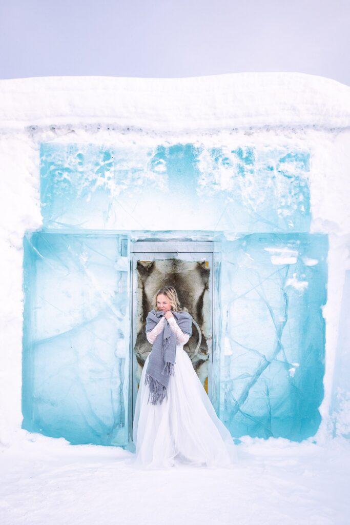isprinsessa-vinterbröllop-iceprincess-winter-elopement-location