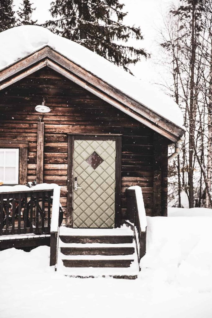 Norrlänsk-stuga-Lappland