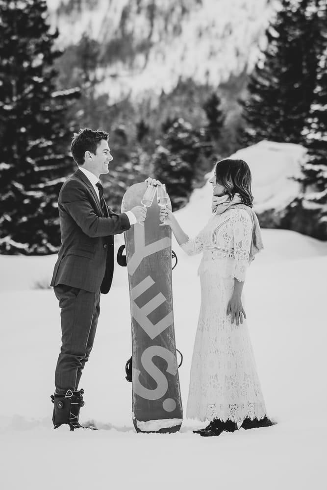 Snowboard-elopement-wedding-Verbier-Switzerland
